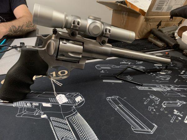 Revolver Ruger Super Redhawk Cal. 44 magnum